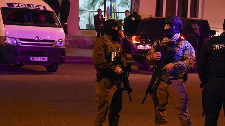 МВД Грузии сообщило об освобождении всех заложников в Зугдиди, ведутся поиски захватчика - ОБНОВЛЕНО-1