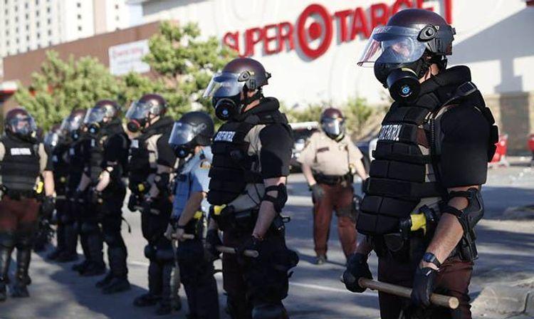 В США в ходе операции по борьбе с преступностью арестовали почти 5,5 тыс. человек