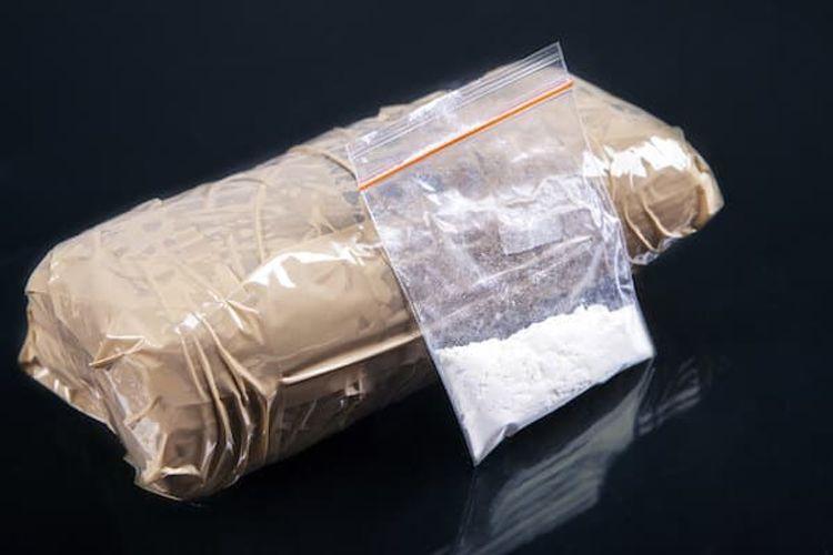 Astara sakinindən 5 kq-dan artıq narkotik götürülüb