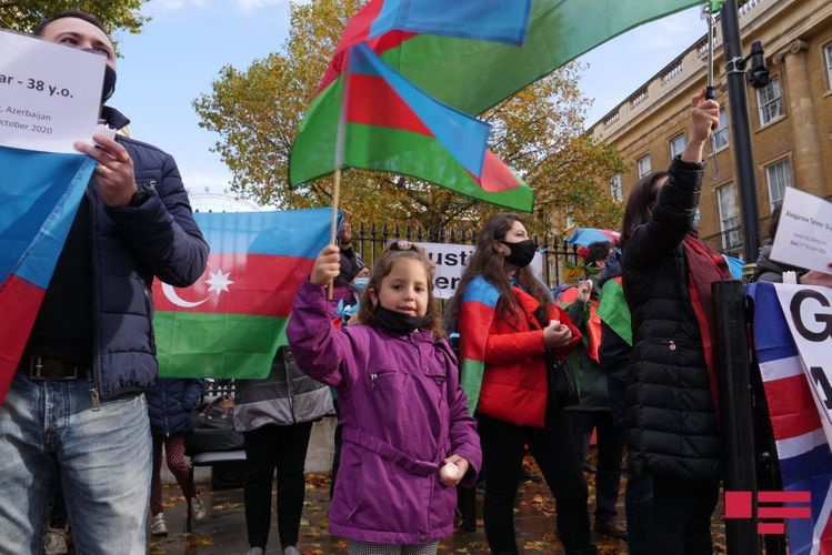 """Rally under slogan """"End to Armenian aggression"""" held in London - VIDEO"""
