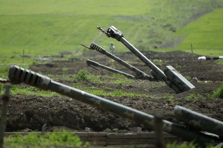 MN: Ermənistan silahlı qüvvələri Azərbaycan Ordusunun Laçının Səfiyan kəndindəki bölmələrini artilleriya atəşinə tutub