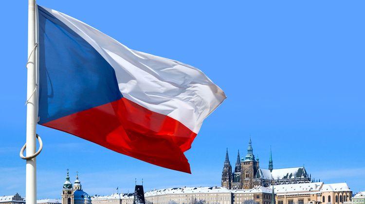 Кабмин Чехии запретил гражданам выходить на улицу ночью