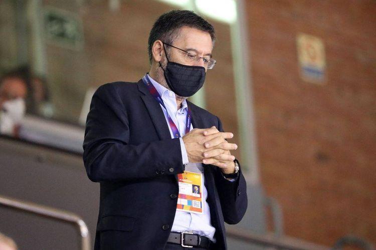 Barcelona president refuses to quit