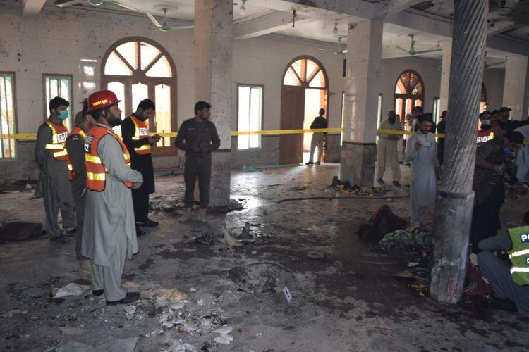 Pakistanda mədrəsədə terror aktı törədilib, ən azı 8 nəfər ölüb
