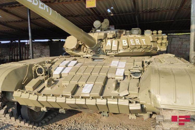 Azərbaycan Ordusunun düşməndən götürdüyü tanklar təmirdən sonra yenidən döyüşə göndərilir - FOTO