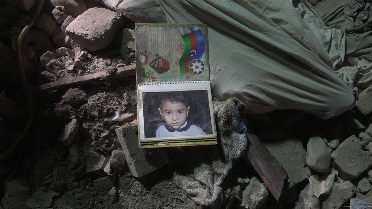 МЧС: В результате обстрела армянами Барды нанесен серьезный ущерб 5 домам – ФОТО