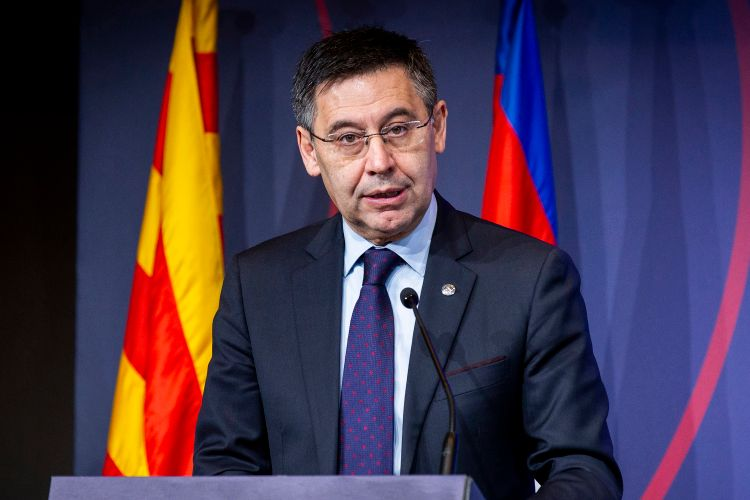 """Barselona""nın prezidenti istefa verib"