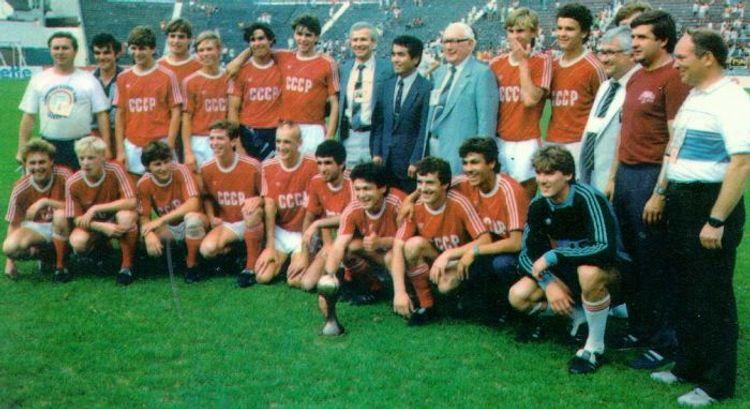 Tərlan Əhmədov azərbaycanlı futbolçuları SSRİ yığmasından erməninin kənarlaşdırdığını açıqlayıb