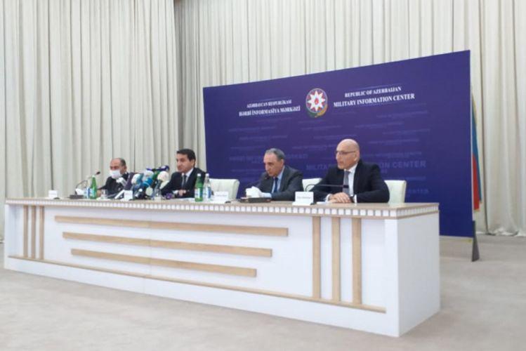 """Hikmət Hacıyev: """"Bərdə sakinlərinin əzmini diplomatik korpus nümayəndələri də bir daha gördülər"""""""