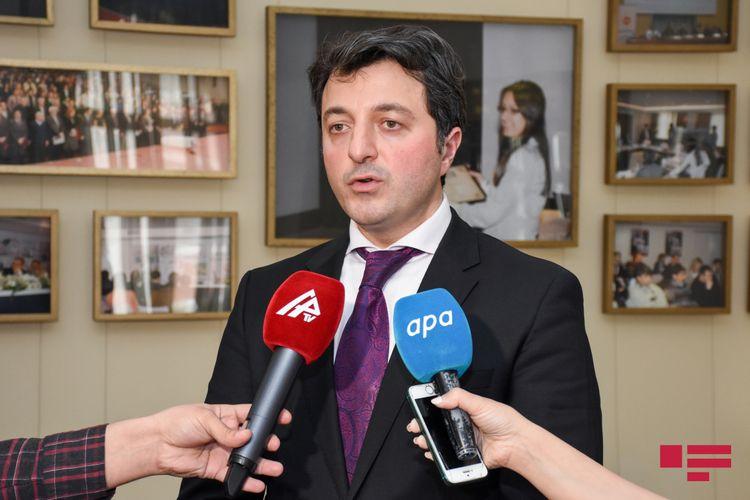 Tural Gəncəliyev kanadalı senatoru Azərbaycan xalqından üzr istəməyə çağırıb
