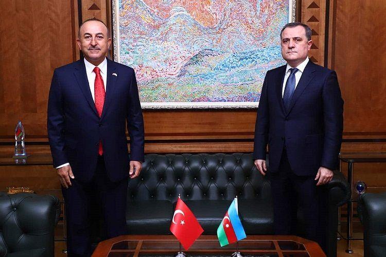 Состоялся телефонный разговор между главами МИД Азербайджана и Турции  - ОБНОВЛЕНО