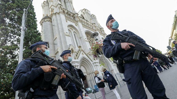 Совершивший теракт в Ницце мужчина оказался выходцем из Туниса