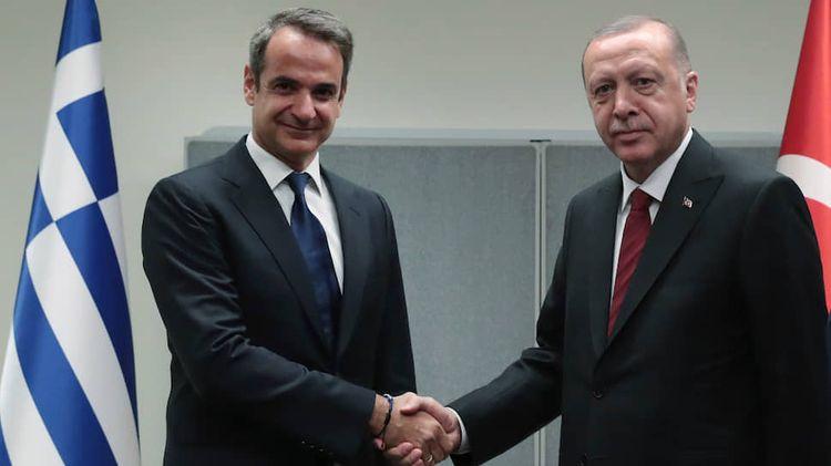 Премьер Греции позвонил Эрдогану и выразил соболезнования из-за землетрясения