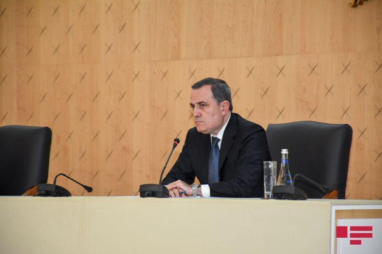 Azerbaijani FM meets with ICRC Director-General in Geneva