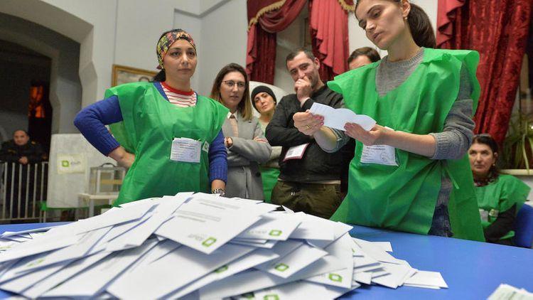 В Грузии завершилось голосование на парламентских выборах
