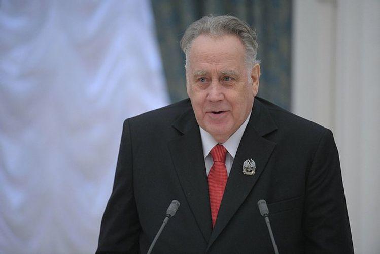 Sovet yazıçısı Vladislav Krapivin vəfat edib