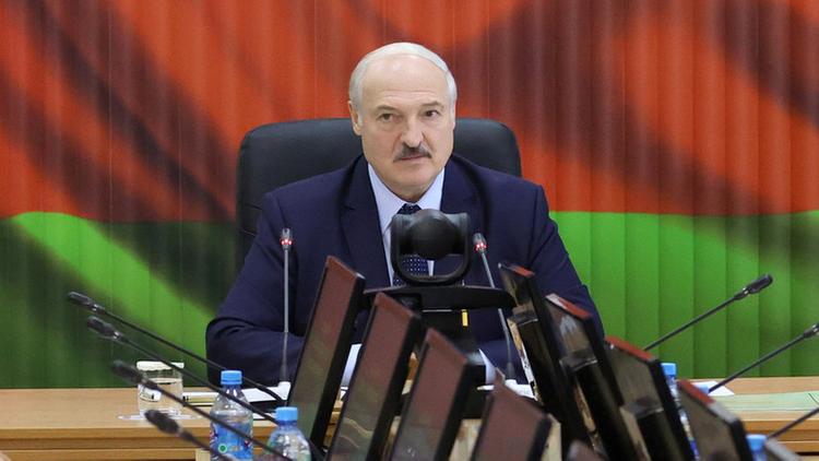 Lukashenko says Belarus deployed half of its army along borders