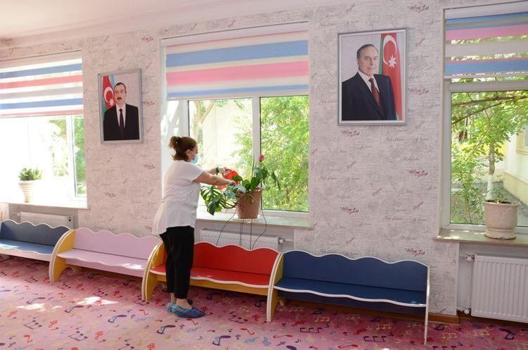 ИВ Баку обнародовала правила карантинного режима для столичных садов