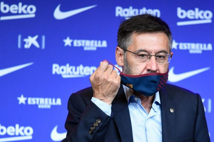 Barcelona president Bartomeu accused of corruption