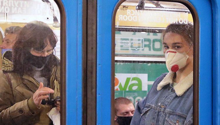 Ukraine reports record 2,723 new coronavirus cases