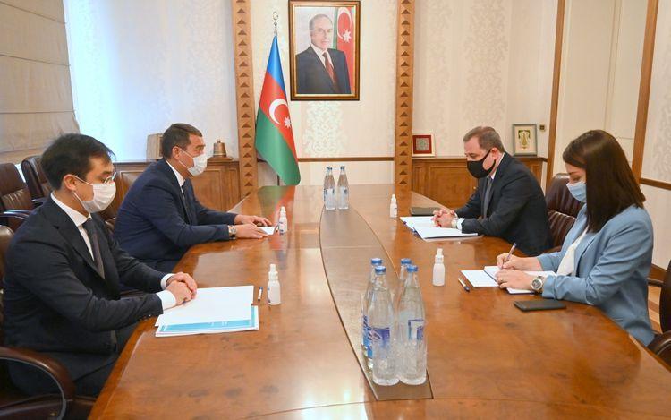Azerbaijani FM meets with Kazakhstan's ambassador - <span class=