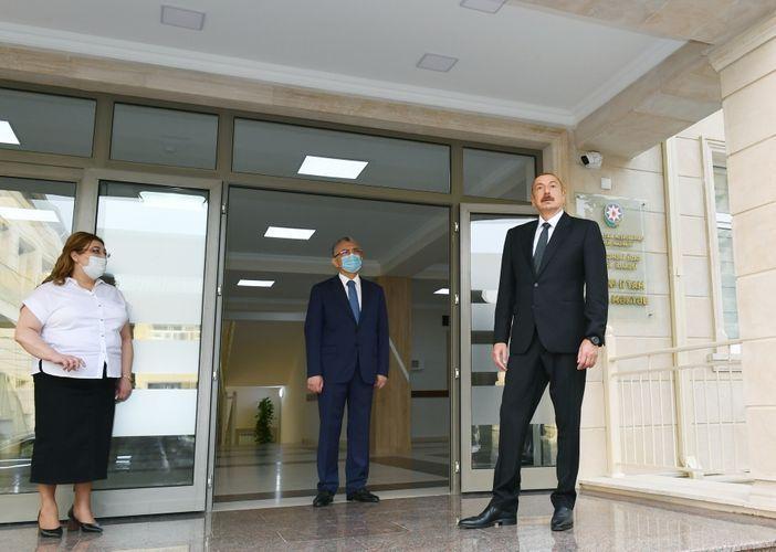 Президент Ильхам Алиев принял участие в открытии нового корпуса средней школы в Баку - <span class='red_color'>ОБНОВЛЕНО</span>
