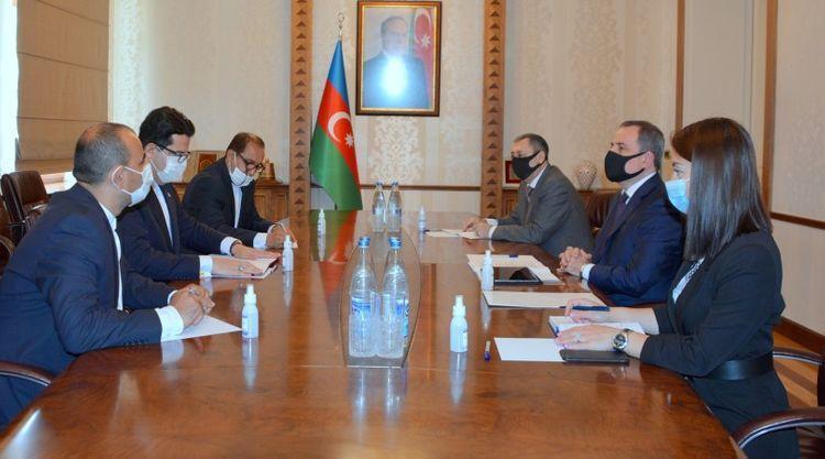 Azerbaijani FM meets with General Secretary of Turkic Council