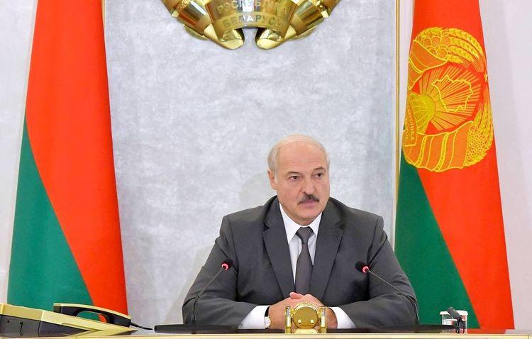 Lukashenko admits he 'sat a bit too long