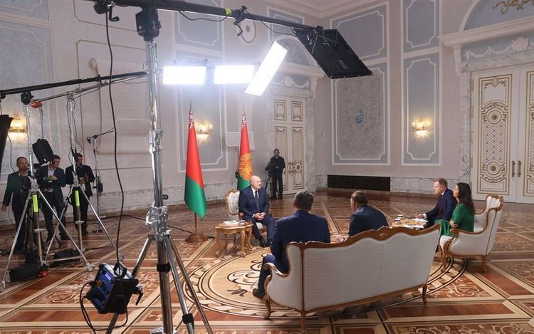 Lukashenko says there is unpublished fragment of intercepted conversation about Navalny