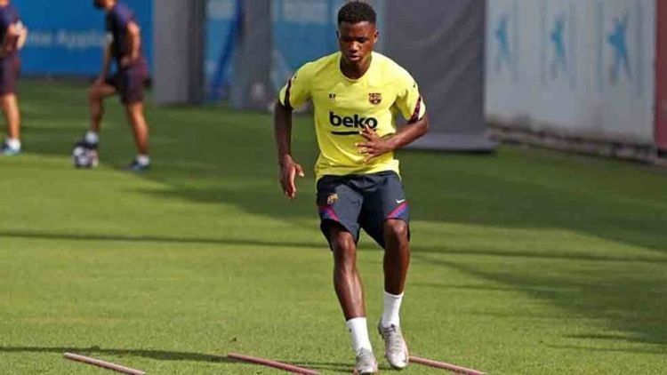Ansu Fati injures his hip in Barcelona training session on Friday