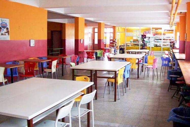 Советник: Открытие школьных буфетов не предусмотрено