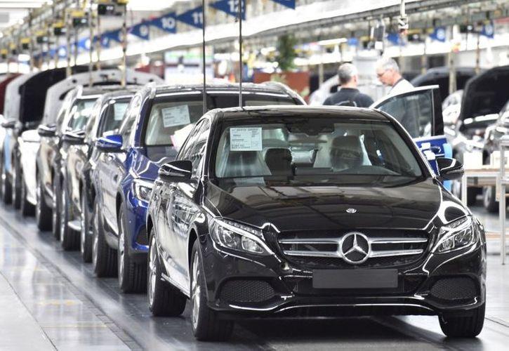 """Almaniyada """"Mercedes""""lərin satışı qadağan oluna bilər"""