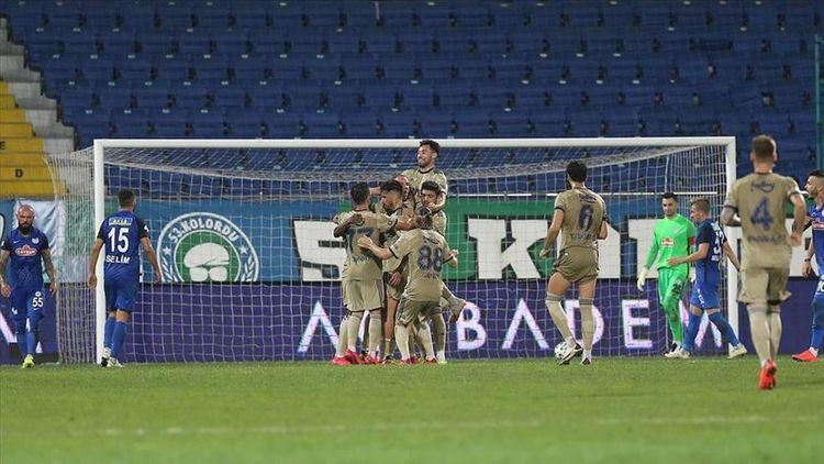 Fenerbahce beat Rizespor 2-1 in 1st game of new season