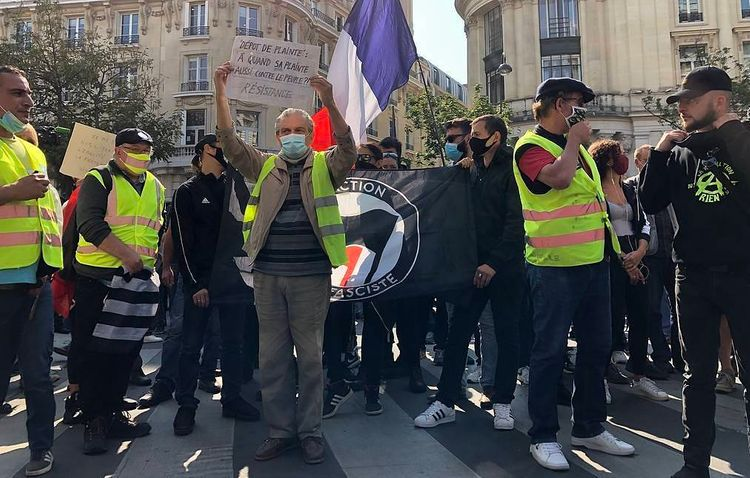 About 300 people detained during Yellow Vests protests in France — minister