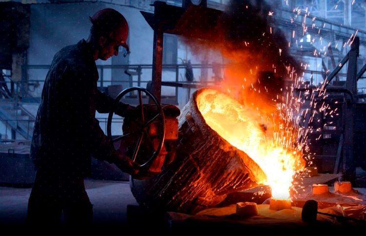 Azərbaycanın metallurgiya sənayesində istehsal kəskin artıb