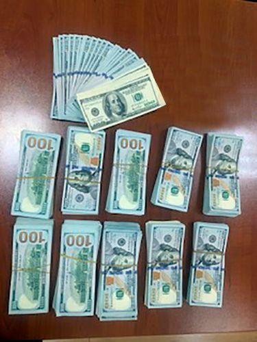 Предотвращен вывоз из Азербайджана 105 тыс. долларов США