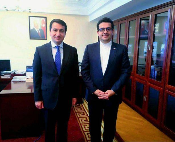 Помощник президента Азербайджана встретился с послом Ирана
