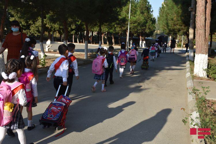 В Азербайджане родители 7 868 учащихся отказались отправлять детей в школу