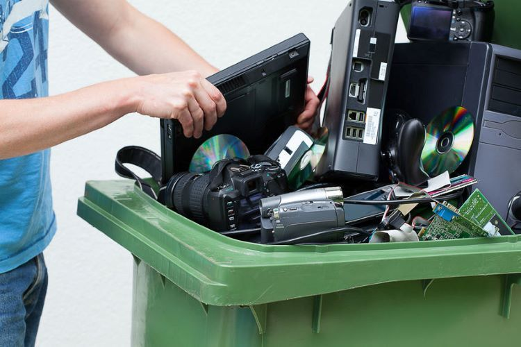 Researches regarding utilization of electronic wastes conducted in Azerbaijan