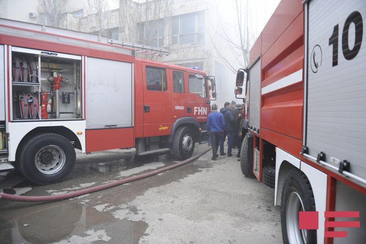 Fire in Nizami street of Baku extinguished - <span class=