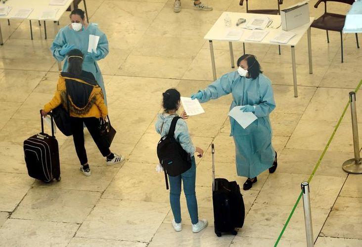 Spain to cut coronavirus quarantine to 10 from 14 days