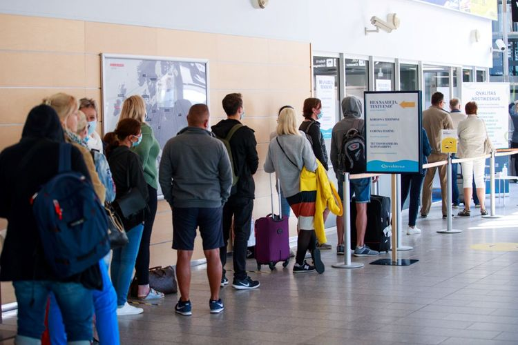 IATA bütün beynəlxalq aviareyslərdən öncə COVID-19 testlərinin keçirilməsini təklif edib