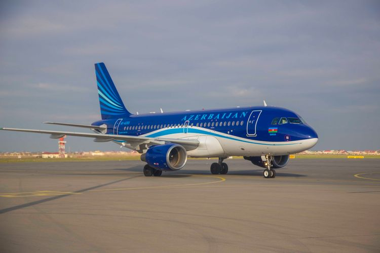 AZAL открывает специальные рейсы в Анкару и Анталью