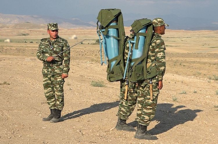 Training-methodological sessions were held with the commanders of engineer-sapper units in Nakhchivan - <span class='red_color'>VIDEO</span>