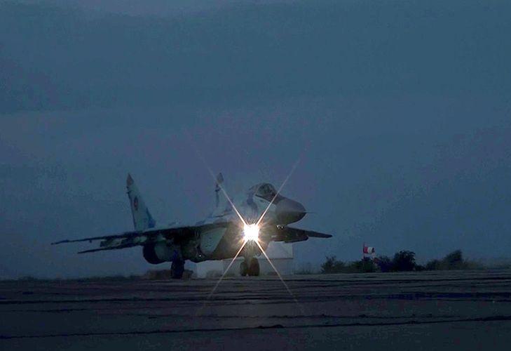 Hərbi Hava Qüvvələri gecə təlimləri keçirib - VİDEO