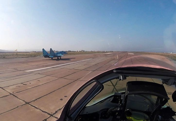 Air Force conduct combat-training flights