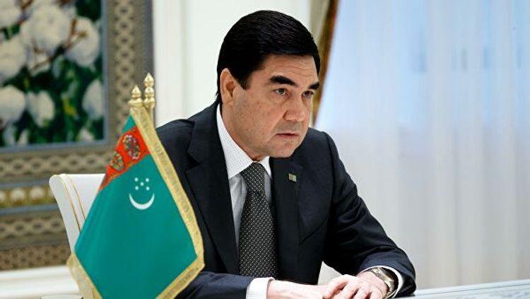 Президент Туркменистана подписал закон о внесении изменений в конституцию страны