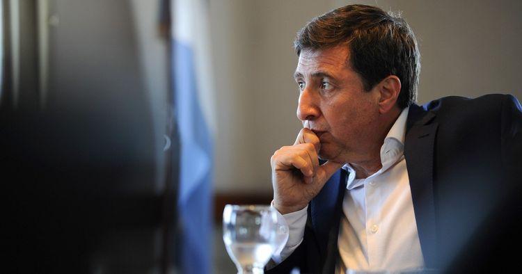 Министр социального развития Аргентины заразился коронавирусом