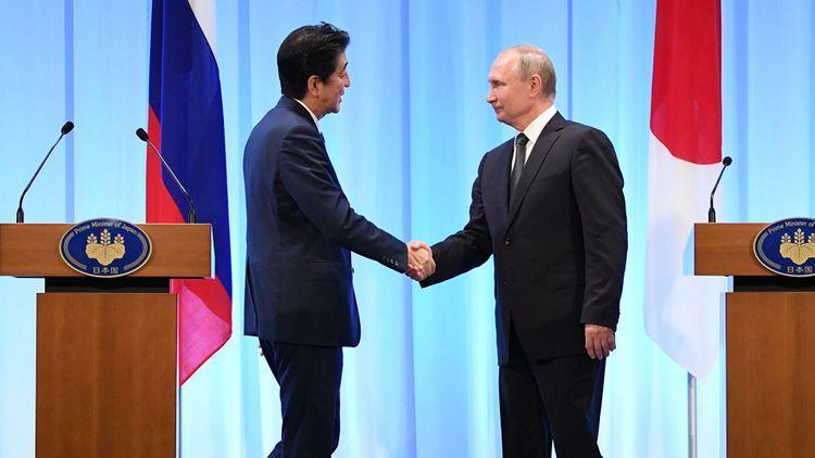 Абэ рассказал, что помешало заключить мирный договор с Россией