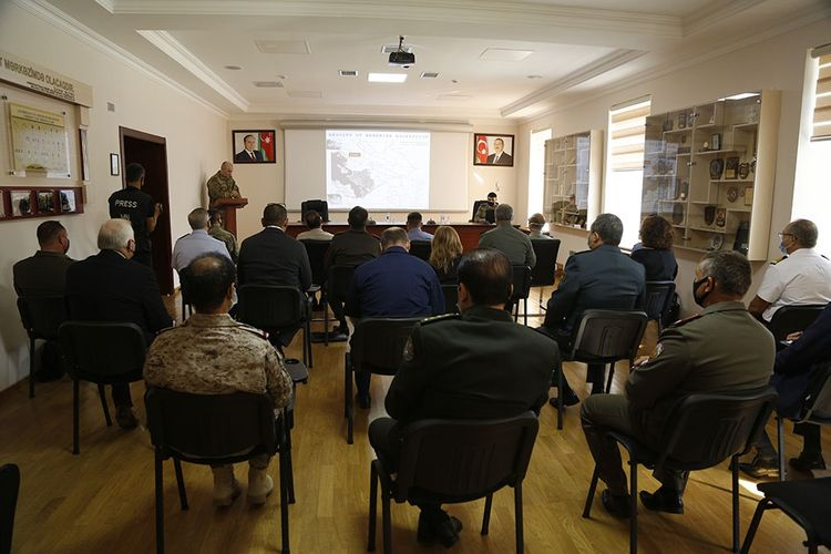 Foreign military attachés and representatives of international organizations in our country were informed about the operational situation